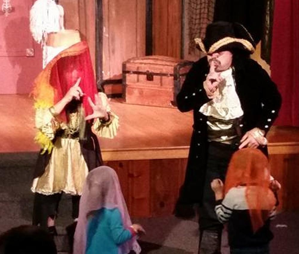 Outreach-Pirate-Show-2